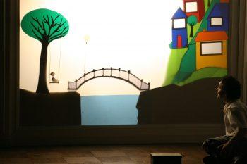 """Gratuito no mês das crianças! Espaço Sobrevento recebe """"A Cortina da Babá"""",  teatro de sombras para bebês d1d458c827"""