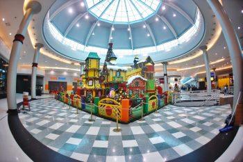 9914d516fe7 São Paulo para crianças - No Natal Play-Doh tem oficina gratuita de ...